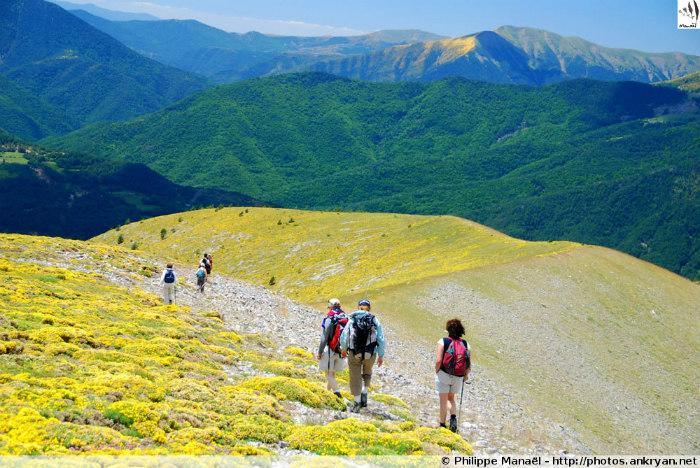 Les Pyrénées : Cirques et Canyons du Mont Perdu (trekking). Espagne, Aragon, Huesca