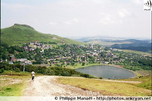 Super-Besse et le lac des Hermines (Auvergne, France)
