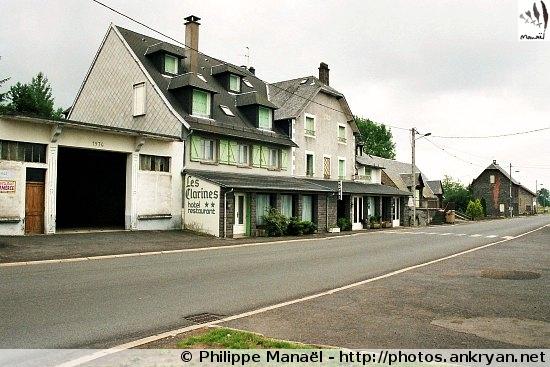 Lac de Servières - Laqueuille-Gare (trekking Auvergne, au pays des volcans). France, Auvergne, Puy-de-Dôme