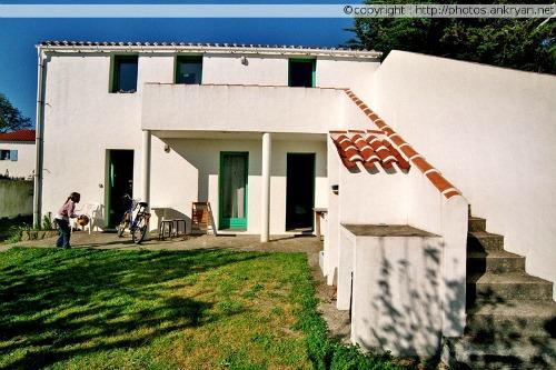 Villa Crapouillot, côté cour (Ile d'Yeu, Vendée, France)