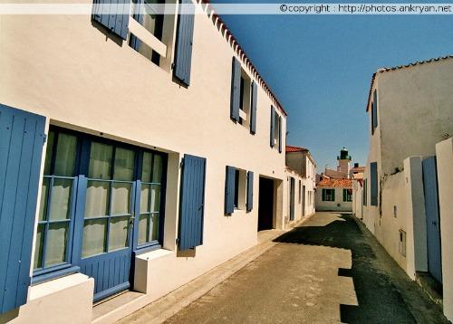 Rue de Port-Joinville (Ile d'Yeu, Vendée, France)