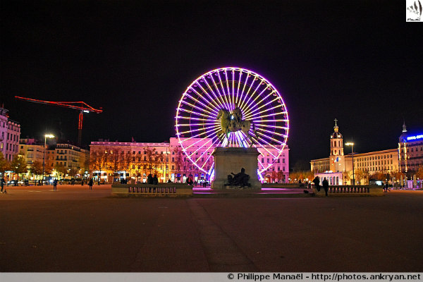 Grande roue, place Bellecour de Lyon (Rhônes-Alpes, France)