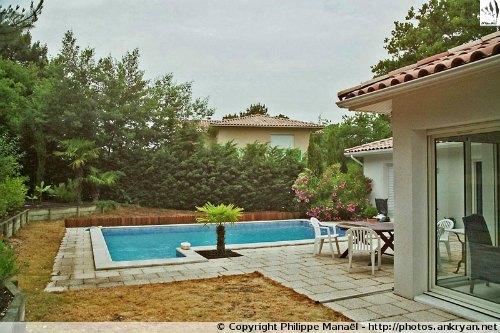 """Jardin, maison d'hôtes """"Two Bedrooms"""" (Pyla-sur-Mer, Gironde, Aquitaine, France)"""