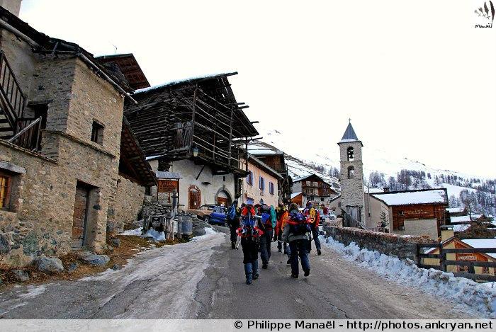 Traversée de Saint-Véran (massif du Queyras, Hautes-Alpes, France)