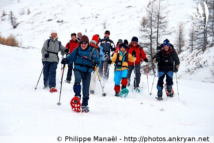 Course en raquettes (massif du Queyras, Hautes-Alpes, France)