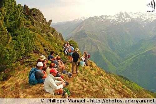 Pause sur une crête (Hautes-Pyrénées, France)