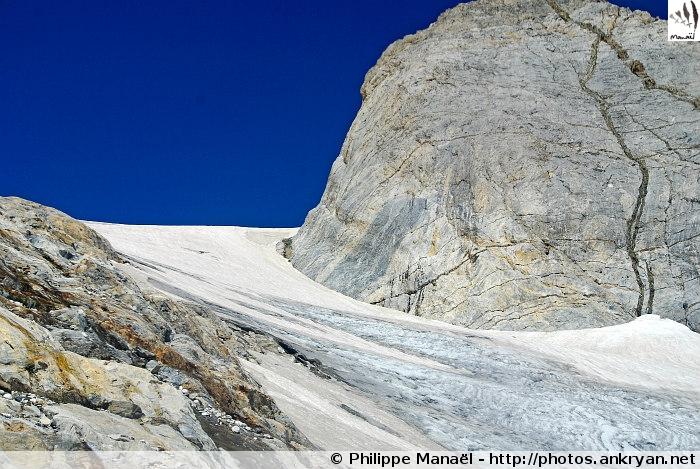 Glacier d'Ossoue (Massif du Vignemale, Pyrénées, France)