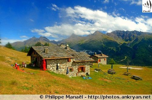 Refuge de l'Aiguille Doran (Vanoise, Savoie, France)