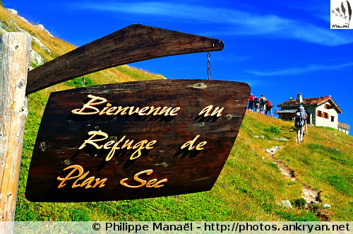Bienvenue au refuge de Plan Sec (Vanoise, Savoie, France)