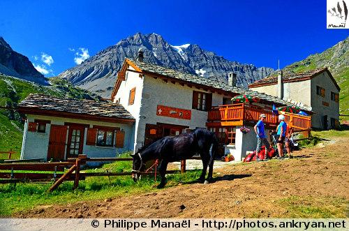 Refuge d'Entre Deux Eaux (Vanoise, Savoie, France)