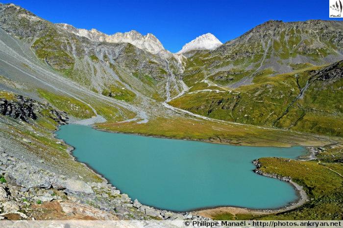 Refuge de Péclet-Polset - Col du Soufre - Refuge du Saut (2140 m) (trekking Les Balcons de la Vanoise). France, Rhône-Alpes, Savoie