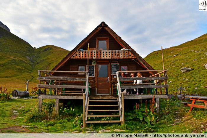 Refuge du Saut - Col de Chanrouge - Refuge des Lacs Merlet (2417 m) (trekking Les Balcons de la Vanoise). France, Rhône-Alpes, Savoie