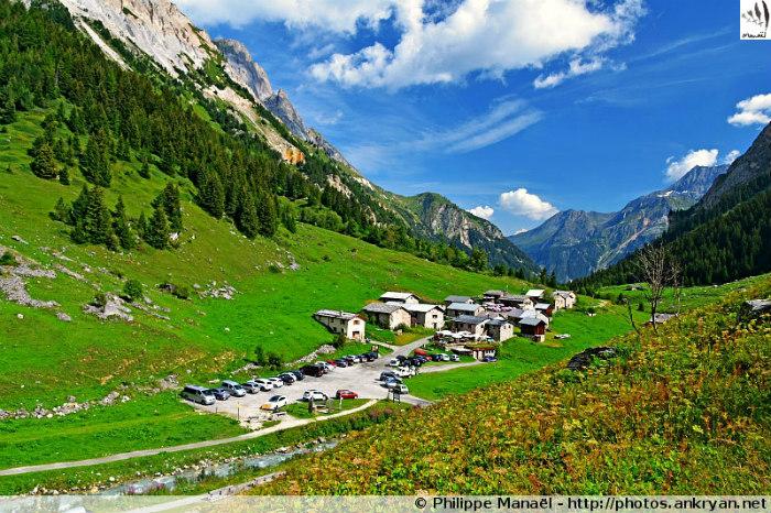 Hameau des Prioux, vallée du Doron de Chavière, Pralognan-la-Vanoise (Savoie, France)