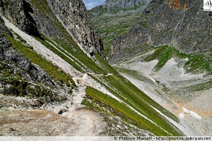 Paysage minéral, col de Leschaux (Vanoise, Savoie, France)