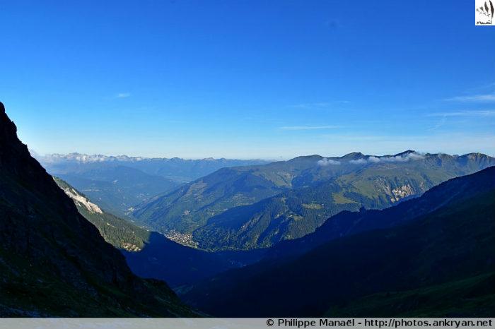 Vallée du Doron de Bozel depuis le refuge du Grand Bec, Le Planay (Savoie, France)