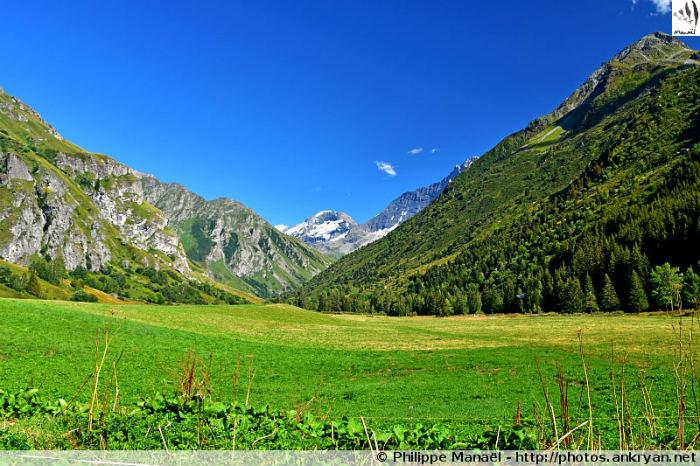 Plateau de Champagny-le-Haut, hameau du Bois (Savoie, France)