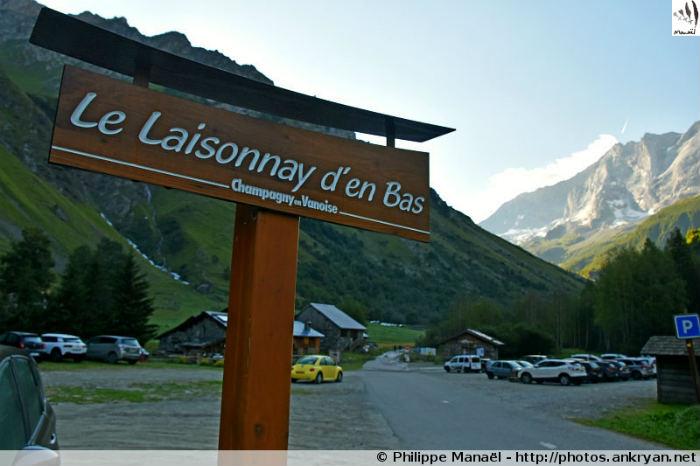 Parking Laisonnay d'en Bas, Champagny-le-Haut (Savoie, France)