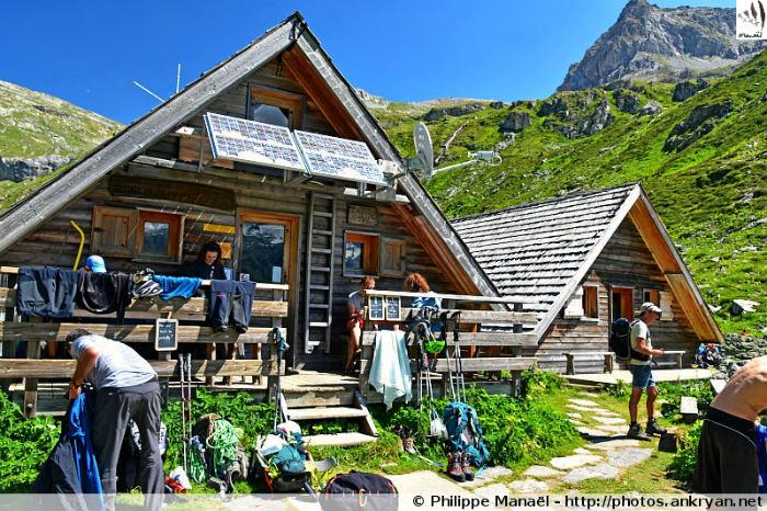 Chalets du refuge de Plaisance, Champagny-en-Vanoise (Savoie, France)