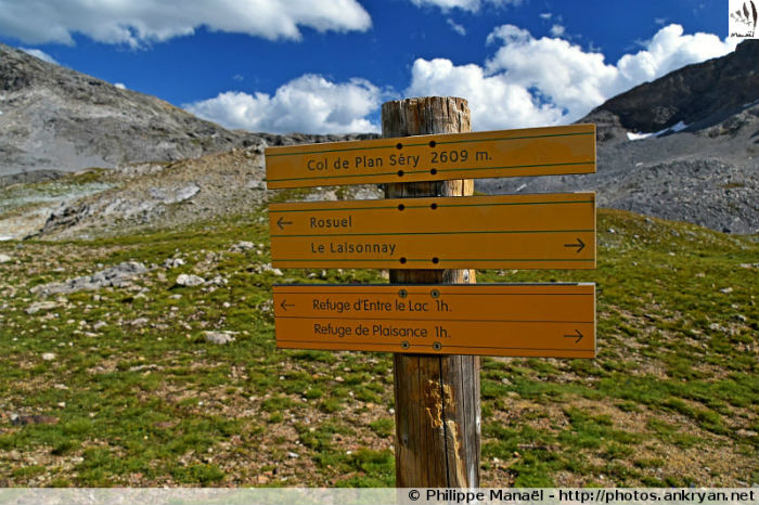 Pancarte du Col du Plan Séry (Vanoise, Savoie, France)