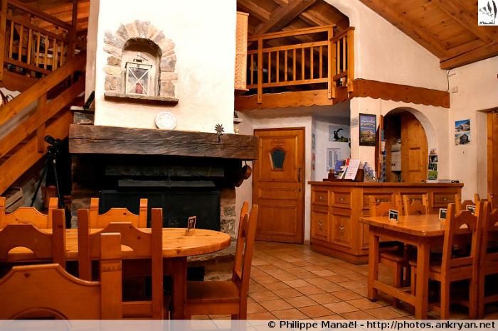 Restaurant du refuge du Roc de la Pêche (Savoie, France)