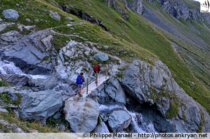 Passerelle, flanc Ouest du Mont Pourri (Vanoise, Savoie, France)