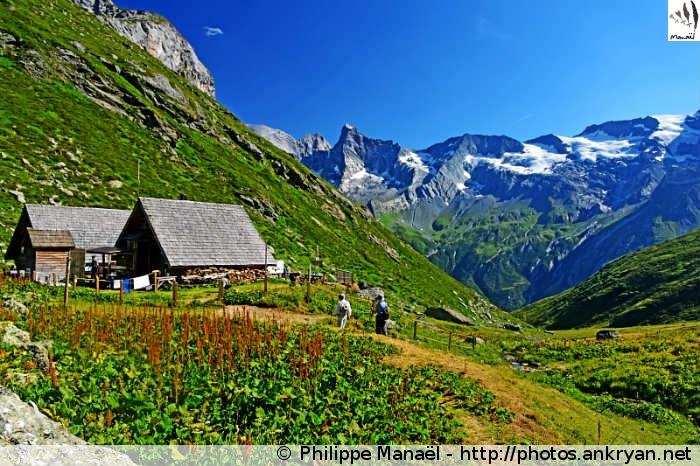 Refuge du Mont Pourri - Col du Plan Séry - Refuge de Plaisance (2170 m) (trekking Traversée de la Vanoise). France, Rhône-Alpes, Savoie