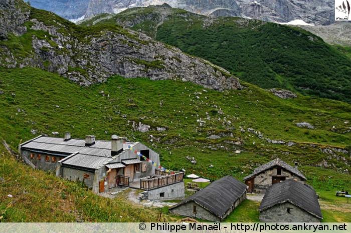 Refuge de la Glière, vallée de Champagny-le-haut (Vanoise, Savoie, France)