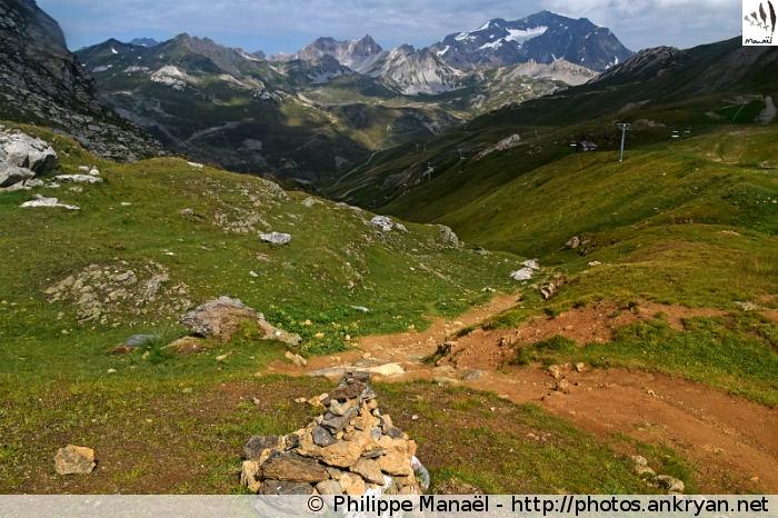 Sur les hauteurs de Tignes Val Claret (Vanoise, Savoie, France)