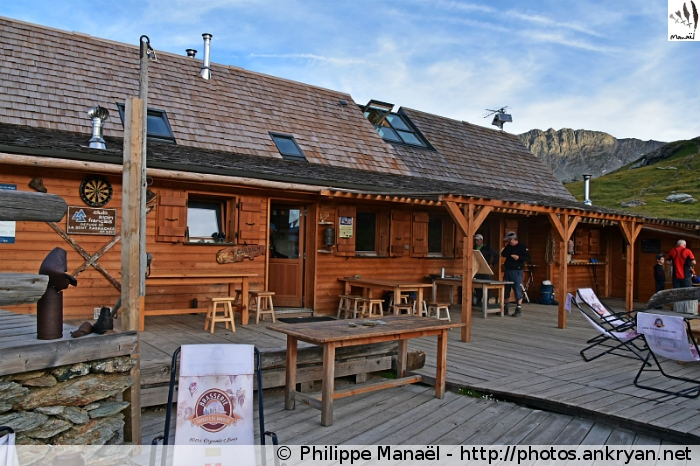 Terrasse du refuge de la Dent Parrachée, Aussois (Vanoise, Savoie, France)