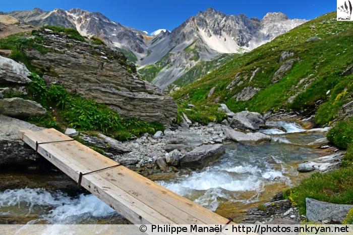Passerelle du torrent de Rosoire (Vanoise, Savoie, France)