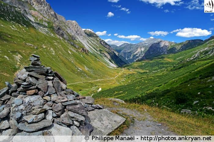 Cairn, vallée de Chavière (Vanoise, Savoie, France)