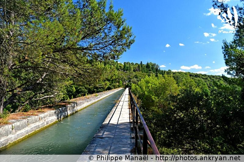 Pont-Aqueduc de Galas, Fontaine-de-Vaucluse (Provence, Vaucluse, France)