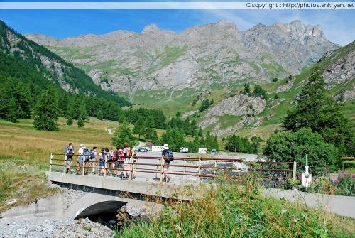 Chaîne montagneuse aux tons chauds, Chianale (Piémont, Italie)