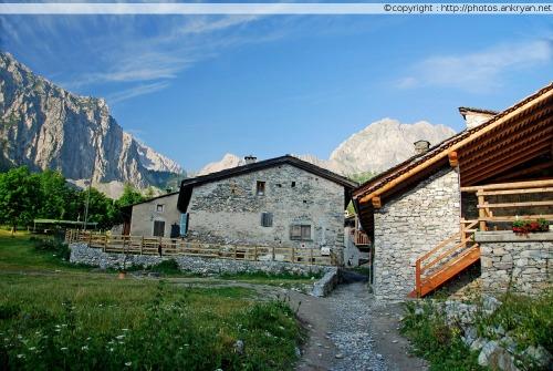 Village de Pratorotondo (Piémont, Italie)